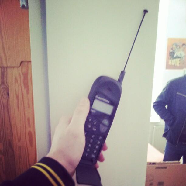 ...immer geht dieses Scheiß Motorola aus.