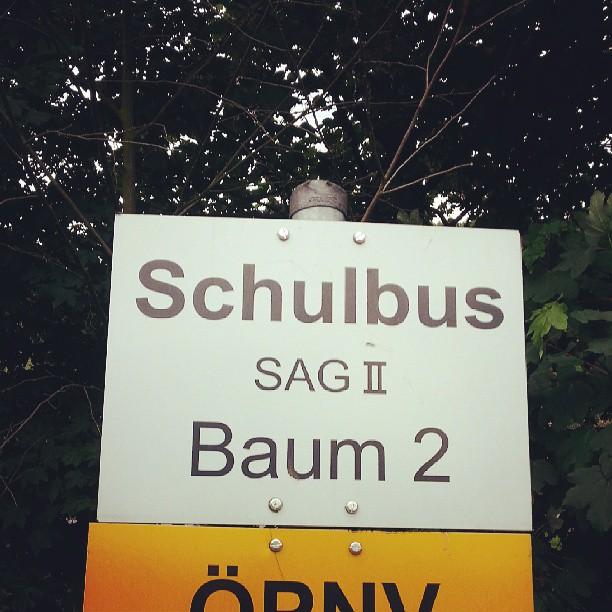 Baumschulbushaltestelle.