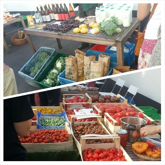 Foodassembly. Lange nicht mehr so gute Tomaten gegessen und alles aus der Region. Checkt das unter http://www.foodassembly.de